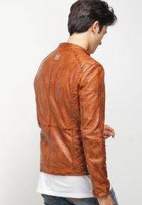 Freaky Nation - DYLAN - Leather jacket - burned orange - 2