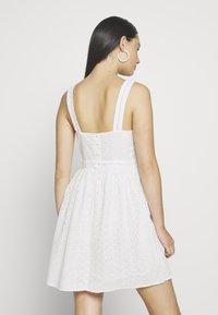 Superdry - BLAIRE BRODERIE DRESS - Sukienka letnia - chalk white - 2