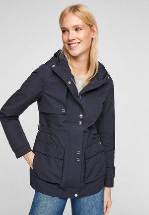 MIT NETZ-FUTTER - Waterproof jacket - navy