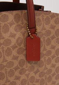 Coach - CHARLIE - Handbag - rust - 6