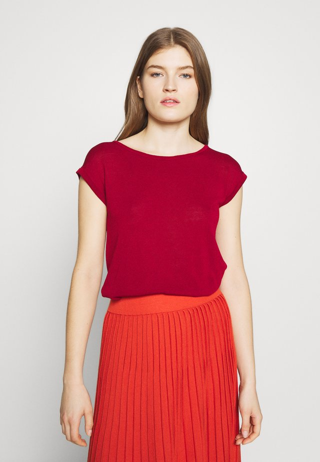 DORIA - T-shirts med print - bordeaux