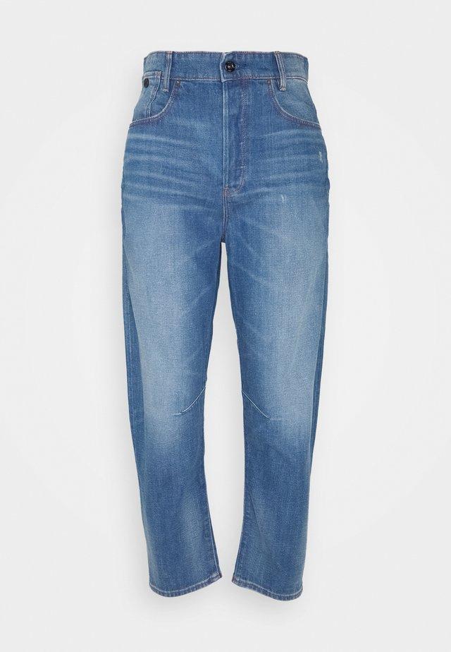 C-STAQ 3D BOYFRIEND CROP - Relaxed fit jeans - light-blue-denim