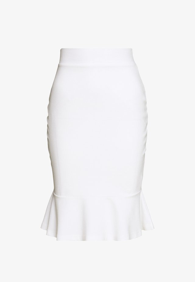 Blyantnederdel / pencil skirts - white
