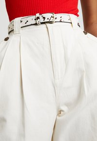Topshop - CAITLIN UTILITY - Trousers - ecru - 4