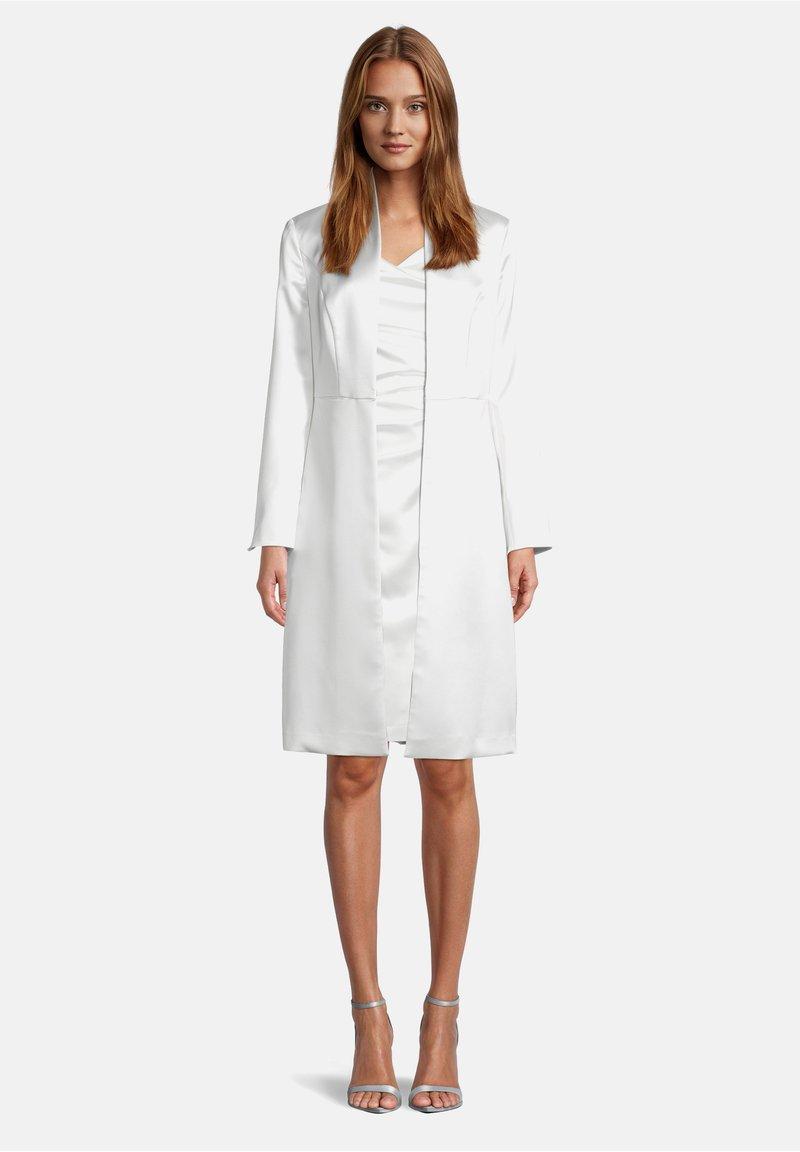 Vera Mont - Short coat - weiß