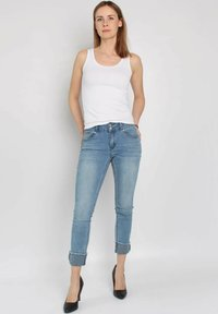 Buena Vista - TUMMYLESS  - Slim fit jeans - blue - 1