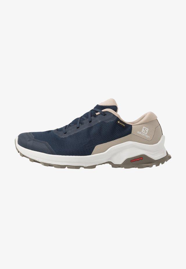 X REVEAL GTX - Hiking shoes - navy blazer/vintage kaki/bungee cord