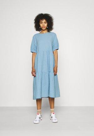 Denní šaty - blue light