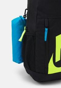 Nike Sportswear - SET UNISEX - Batoh - black/laser blue/volt - 4