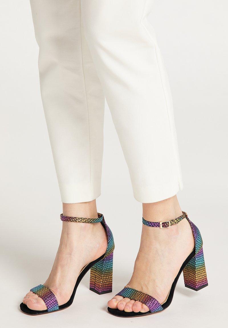 IZIA - Sandalen met hoge hak - multicolour