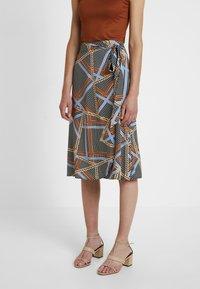 Soyaconcept - BIRNA - A-line skirt - faded blue combi - 0