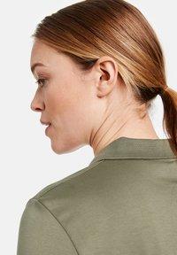 Gerry Weber - Polo shirt - light khaki - 2