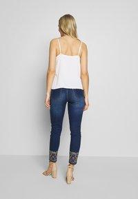Desigual - FLOYER - Jeans slim fit - denim dark blue - 2