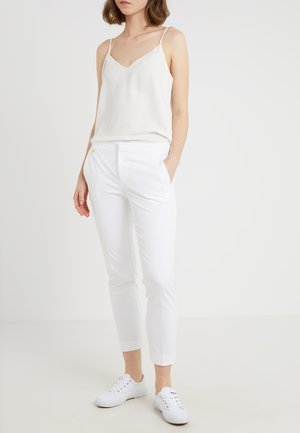 LYCETTE PANT - Trousers - white