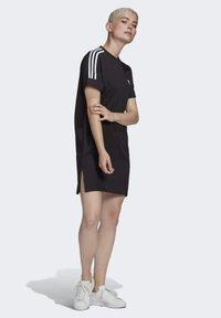 adidas Originals - TEE DRESS - Robe en jersey - black - 3