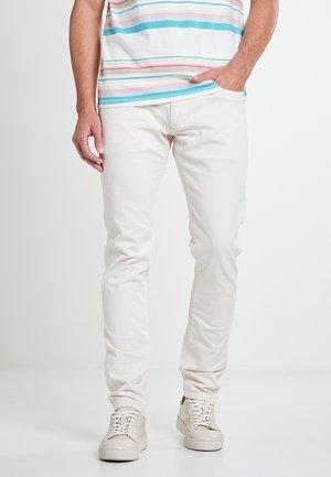 STANLEY - Slim fit jeans - weiß