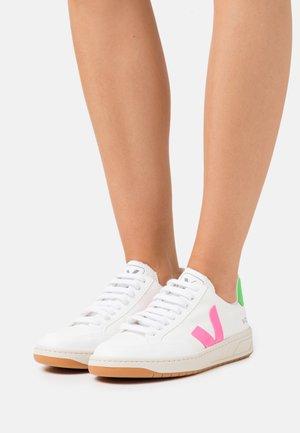 VEGAN V-12 - Sneaker low - white/sari/absinthe