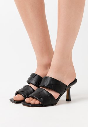 BRAIDED DOUBLE STRAP MULE - Heeled mules - black
