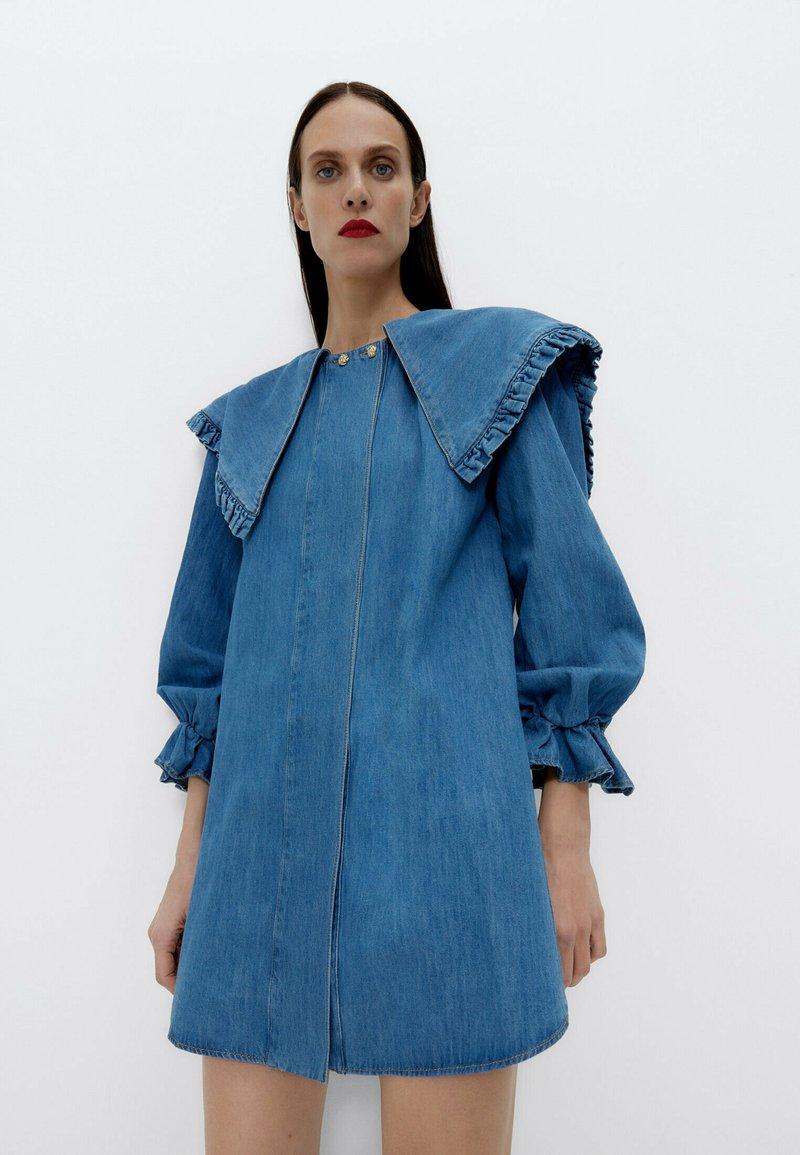 Uterqüe - Denim dress - blue