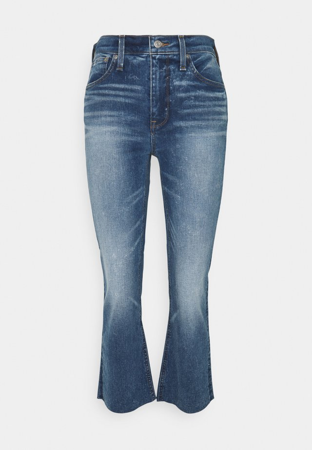 BILLIE - Bootcut jeans - cool shadow wash