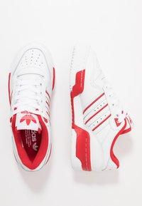 adidas Originals - RIVALRY - Sneakers - footwear white/scarlet - 1