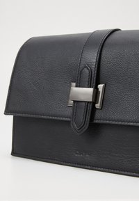 DAY ET - RIGA XL - Across body bag - black - 2