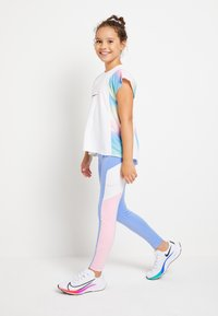 Nike Performance - TROPHY - Legging - royal pulse/pink/white - 1