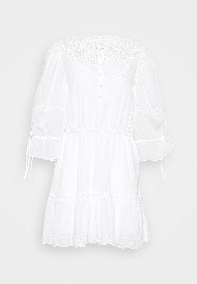 MINI TIERED DRESS - Robe d'été - white