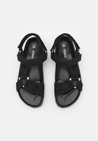 VERBENAS - REMI - Sandaler - black - 5