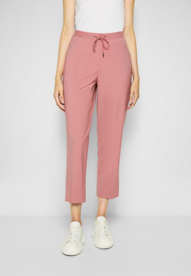 TAPERED - Kalhoty - soft rose