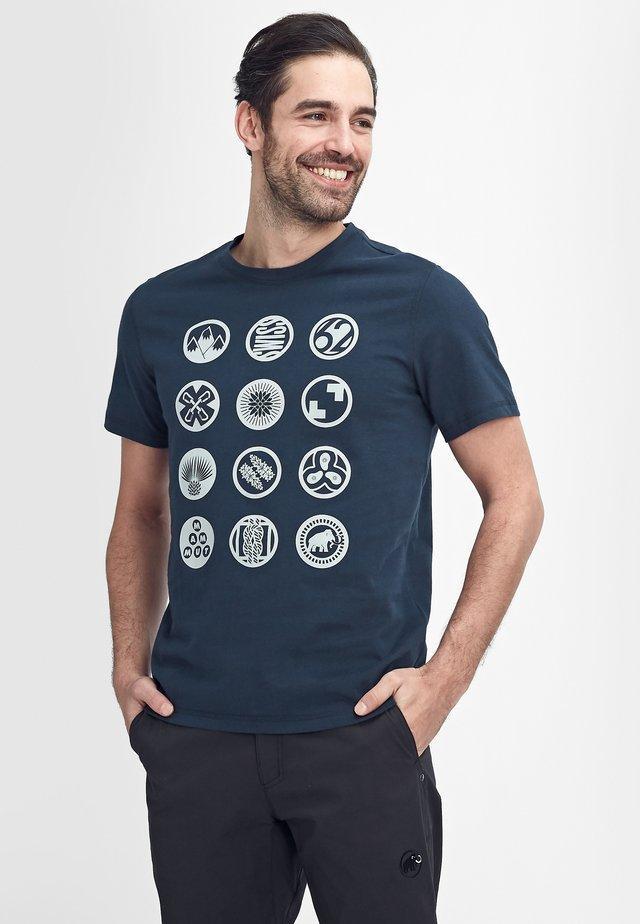 MASSONE - T-shirt imprimé - marine