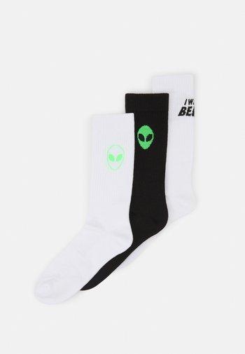 ALIEN UFO 3 PACK - Socks - white/black/neon green