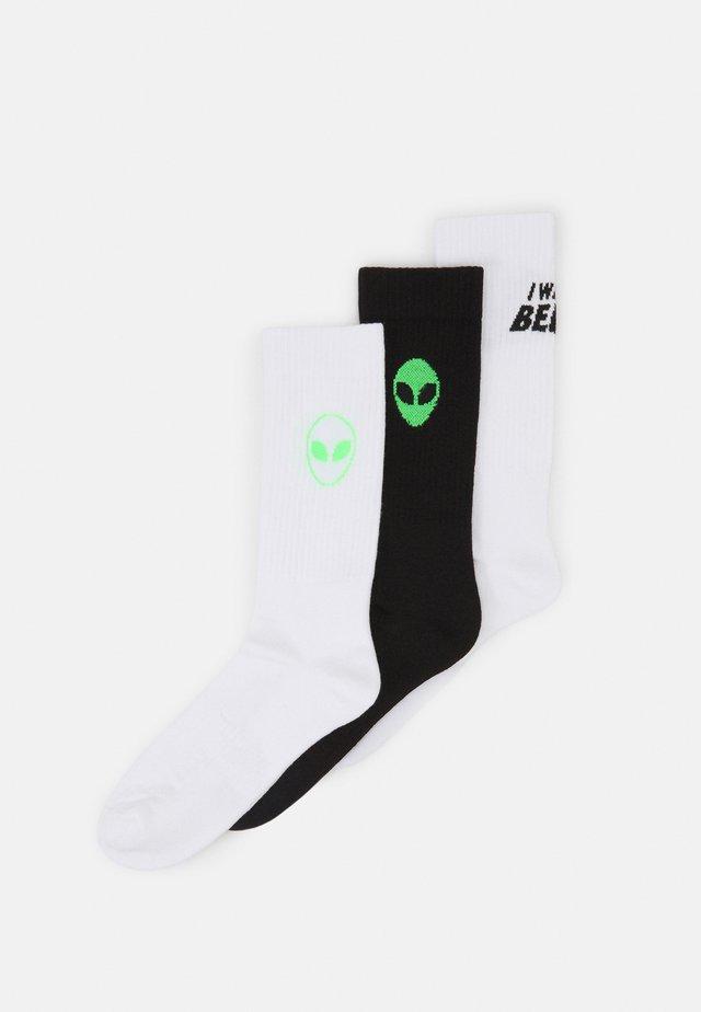 ALIEN UFO 3 PACK - Calcetines - white/black/neon green