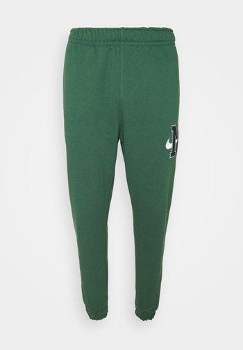 RETRO PANT - Pantaloni sportivi - noble green