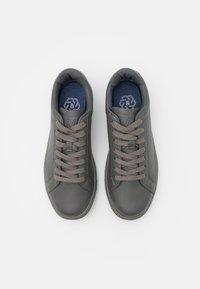 Burton Menswear London - DALE - Sneakers laag - grey - 3
