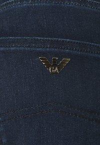 Emporio Armani - 5 POCKETS PANT - Flared Jeans - dark blue denim - 2