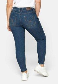 Sheego - Jeans Skinny Fit - blue denim - 1