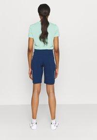 Jack Wolfskin - GRADIENT SHORT  - Sports shorts - dark indigo - 2