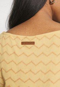 Ragwear - TAG CHEVRON - Žerzejové šaty - yellow - 3