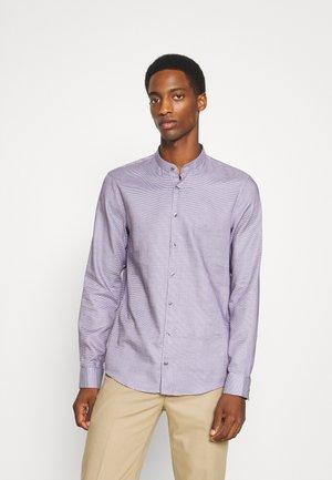 MOTIF EASY CARE  - Formal shirt - blackberry cordial