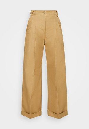 FLARED TROUSER - Pantalones - sandstone