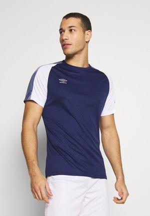 TRAINING - Print T-shirt - medieval blue/brilliant white