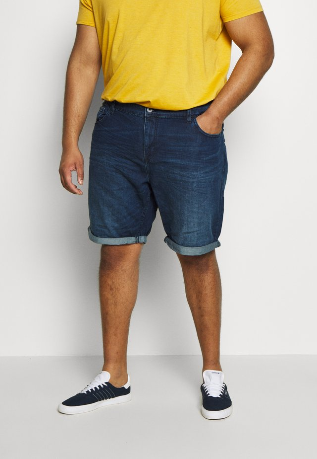 JEANSHOSEN JOSH REGULAR SLIM DENIM SHORTS - Shorts di jeans - mid stone wash denim