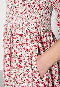 Résumé - EBONY DRESS - Day dress - red - 4