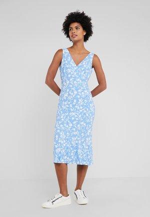 ANNANDLE ANATOLA - Vestito di maglina - blue macaroon