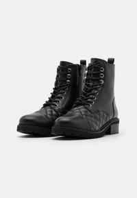 Steven New York - QUVI - Šněrovací kotníkové boty - black - 2
