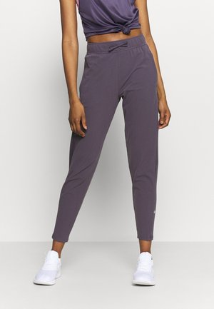 WARM PANT RUNWAY - Verryttelyhousut - dark raisin/reflective silver
