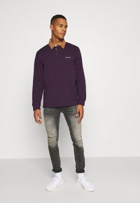 Carhartt WIP - RUGBY - Polo - boysenberry/hamilton brown/white - 1