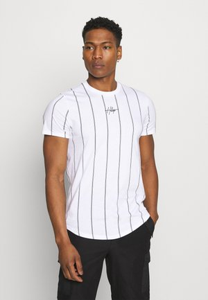 CURVED HEM - Print T-shirt - white