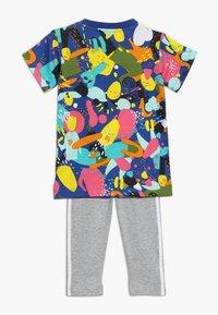 adidas Originals - TEE DRESS SET - Leggings - multco/white - 1